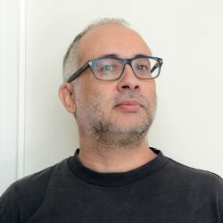 Ernesto Rodríguez, colaborador